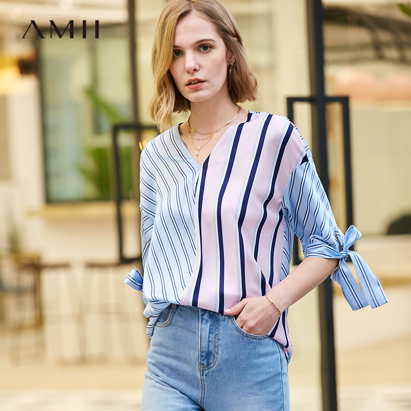 Amii极简韩版chic设计感衬衫女2019夏季新款撞色条纹拼接V领上衣 96元