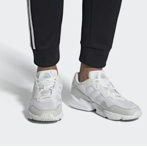 ¥341.65 19日0点: adidas 阿迪达斯 YUNG-96 中性款运动鞋