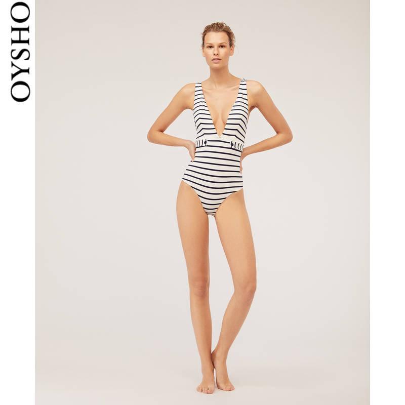春夏折扣 Oysho 条纹带胸垫无钢托条纹保守连体泳衣 30745164251 129元