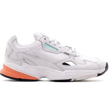 17日 adidas 阿迪达斯 Falcon BB9173 女子运动休闲鞋 349.44元