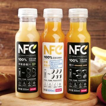 0水0防腐剂!农夫山泉 100%NFC 生榨果汁 300mlx24瓶 苏打水4瓶 7.7折 ¥116.9