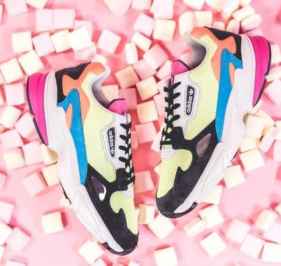 双11预告、考拉海购黑卡会员: adidas 阿迪达斯 Falcon 女子运动休闲鞋 267.84元包邮
